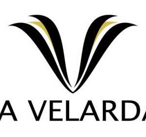 <span>La Velarda</span><i>→</i>